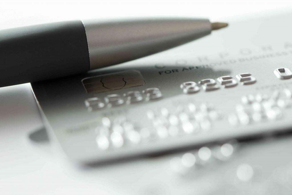 1000 Euro investieren – Wenn du deine Kreditkarten Schulden bezahlst, bekommst du praktisch 16 % Rendite